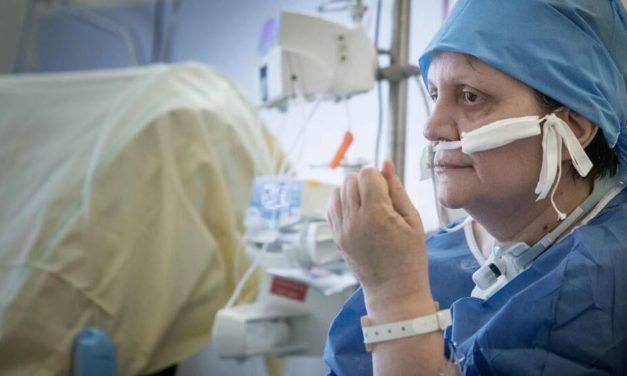 « Je suis très étonnée d'être encore en vie », une malade atteinte du Covid-19 témoigne